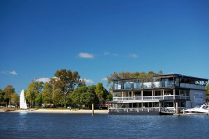 The Boathouse On Noosa River